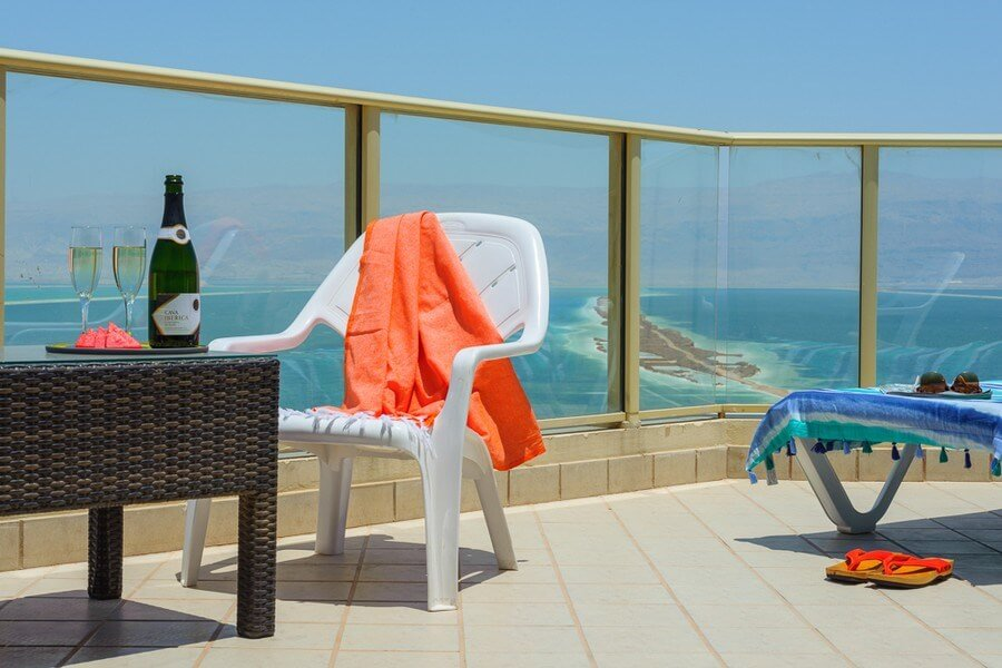 Octopus_Upload_Images_Rooms_privillege-dead-sea-deluxe-suite-1(3)